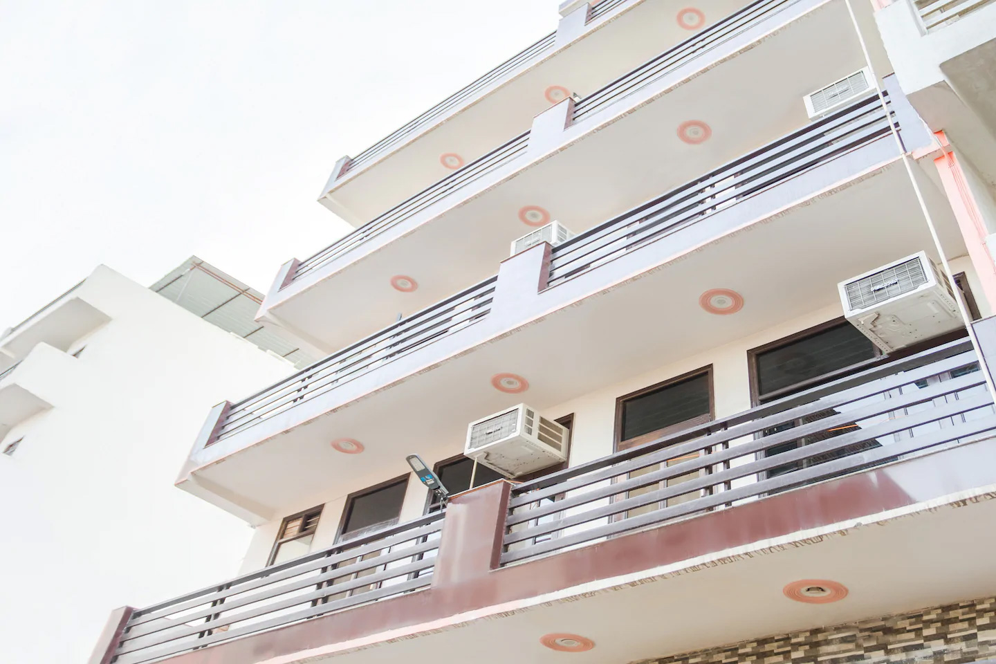 Guest house in Gurgaon, guest house near medanta medicity, Budget hotels in Gurgaon, cheap guest house in Gurgaon
